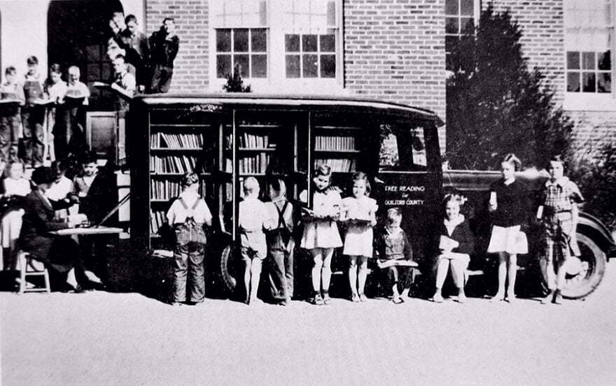 bookmobile-library-on-wheels-13-58982a533d238__880