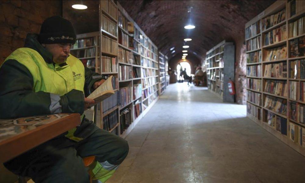 biblioteca-gunoieri-2-1000x600