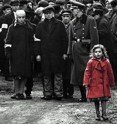 fetita cu paltonul rosu lista lui schindler