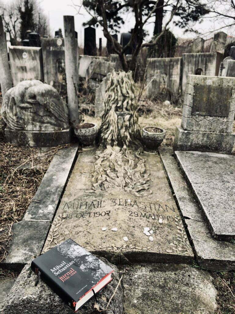 Mormant Mihail Sebastian 4